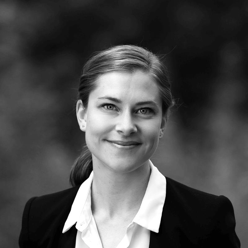 Cecilie W. Fjeldvik, Adminstrasjonsansvarlig (permisjon)